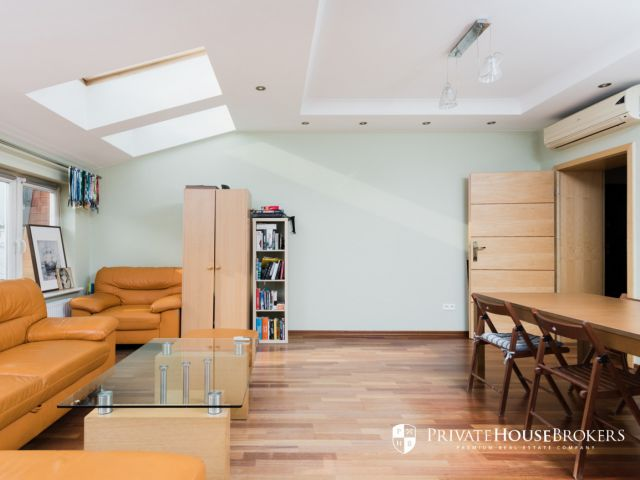 Spacious apartment at Radziwiłłowska street