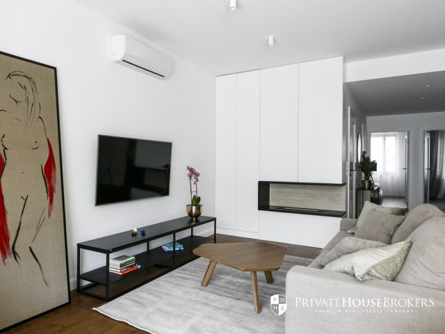 A beautiful 2-bedroom apartment on Kościuszki Apartments
