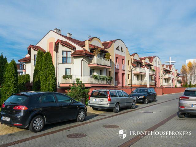 Two-bedroom apartment at Chełmońskiego street