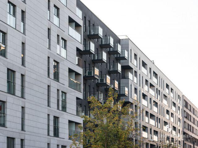 One-bedroom apartment in Zabłocie at Ślusarska street with AC and balcony