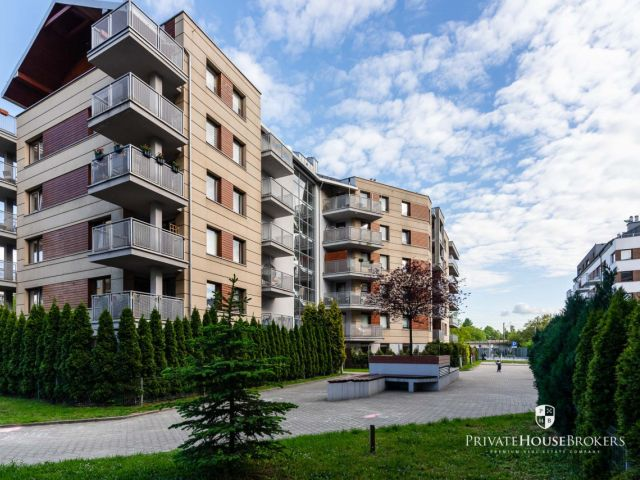 Comfortable 2-bedroom for your family - Bronowice