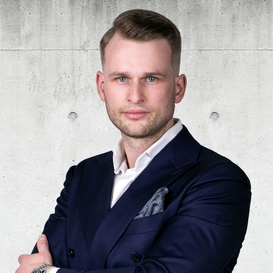 Maciej Suchanek Senior Partner