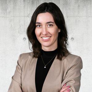 Karolina Buras Starszy Specjalista ds. Sprzedaży i Wynajmu Nieruchomości