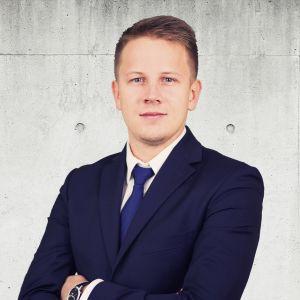 Krzysztof Janczewski Starszy Specjalista ds. Sprzedaży i Wynajmu Nieruchomości