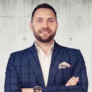 Grzegorz Flisek Specjalista ds. Sprzedaży i Wynajmu Nieruchomości