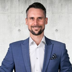 Karol Grabowski Senior Real Estate Broker