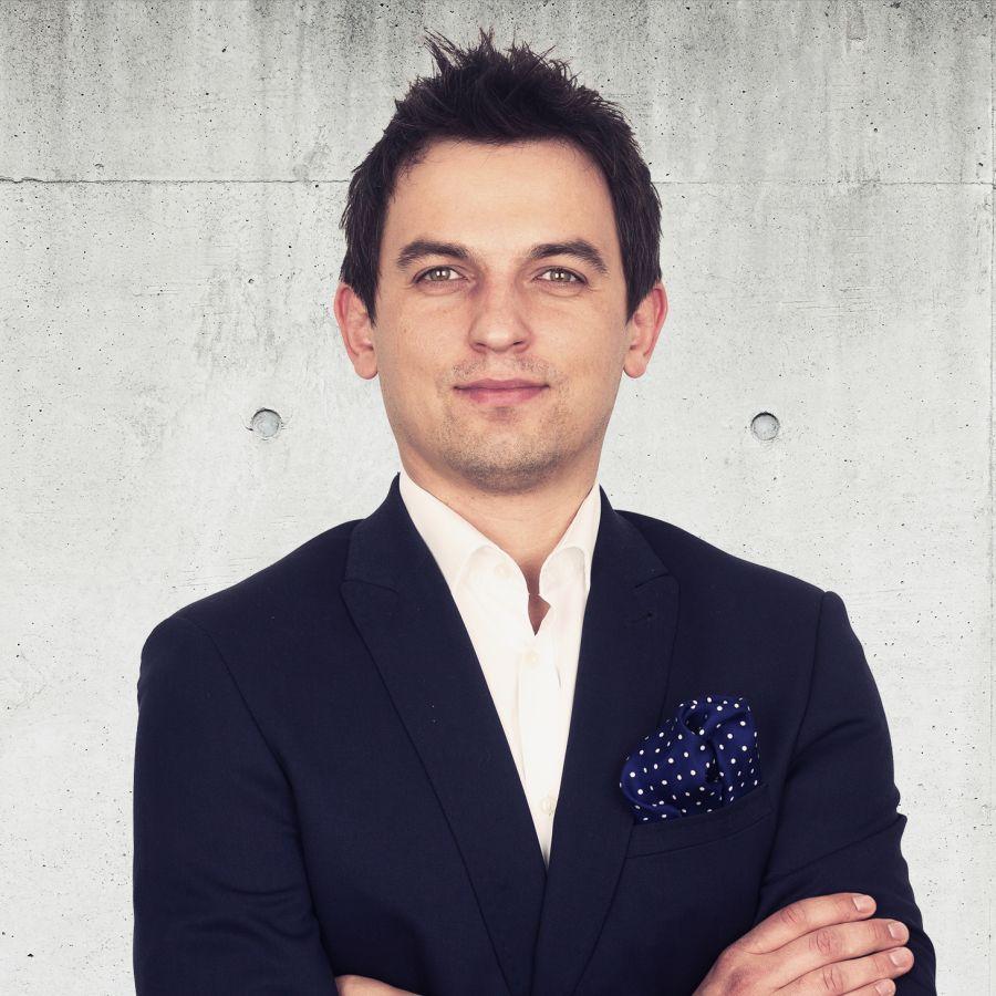 Kamil Pluta Partner