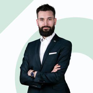 Adam Stawowy Starszy Specjalista ds. Sprzedaży i Wynajmu Nieruchomości