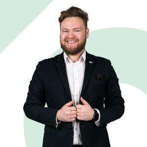 Adam Wiśniewski Specjalista ds. Sprzedaży i Wynajmu Nieruchomości