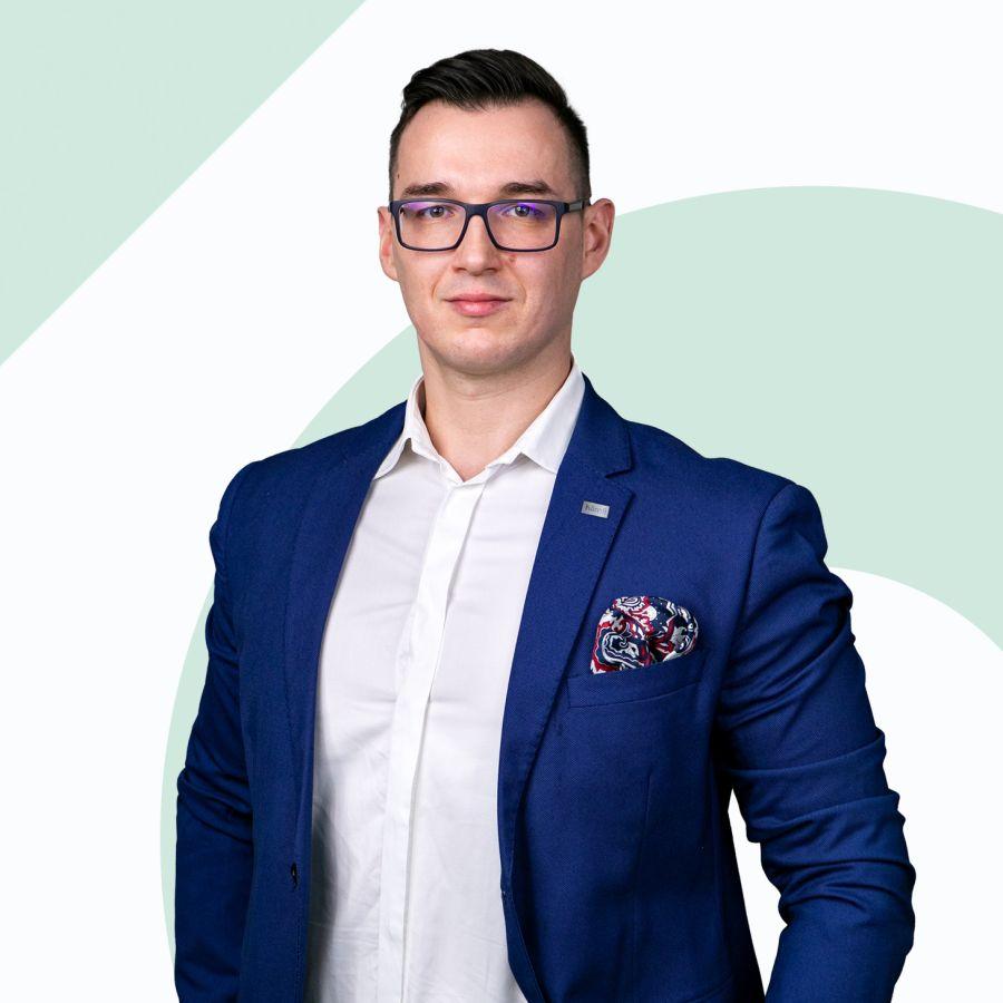 Paweł Madejek Dyrektor Oddziału / Branch Director