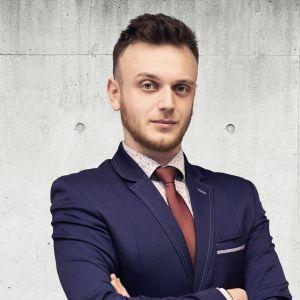 Piotr Jurkowski Specjalista ds. Sprzedaży i Wynajmu Nieruchomości