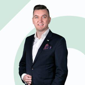 Paweł Ślęczek Specjalista ds. Sprzedaży i Wynajmu Nieruchomości