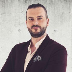 Sergiusz Banasiak Real Estate Sales & Lettings Specialist