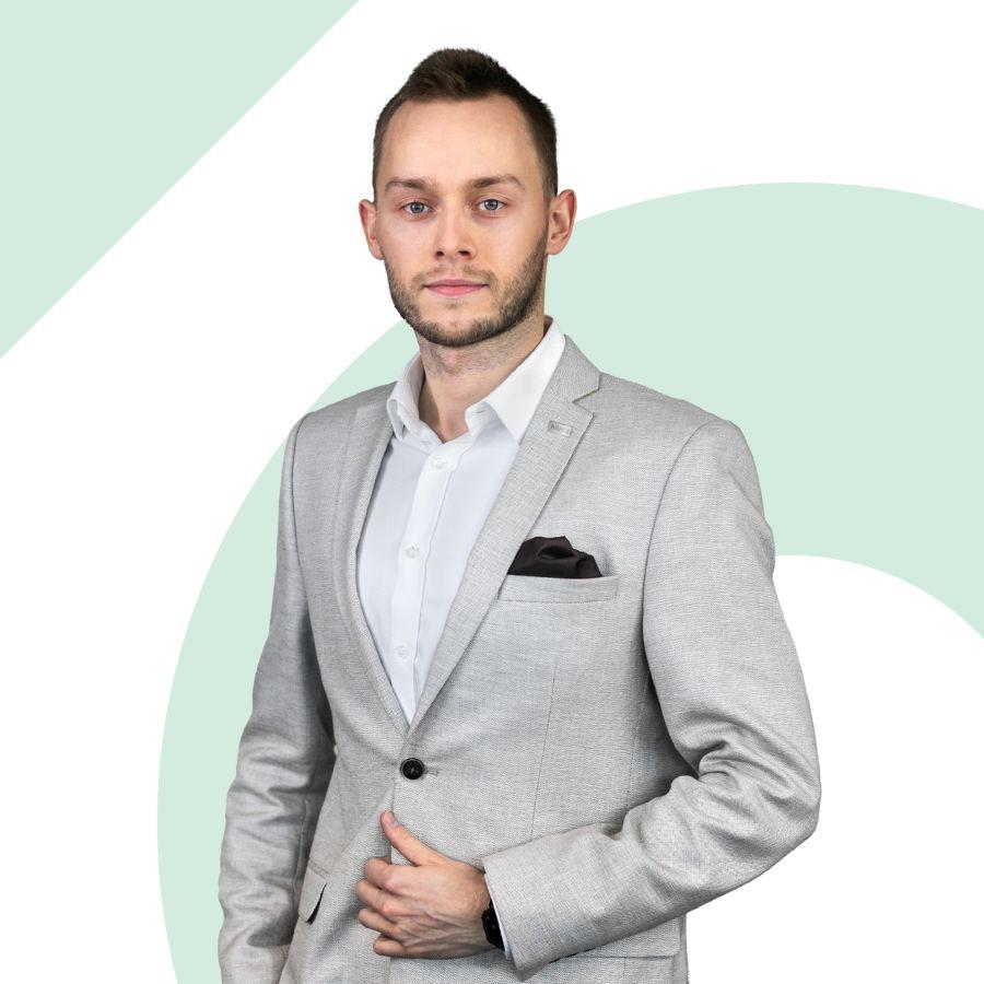 Wiktor Włodarczyk Specjalista ds. Sprzedaży i Wynajmu Nieruchomości