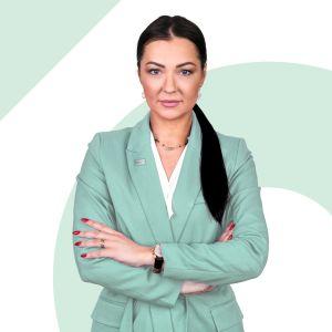 Martyna Cikowska Dyrektor Oddziału / Branch Director