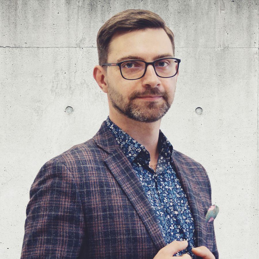Adam Zawicki Specjalista ds. Sprzedaży i Wynajmu Nieruchomości