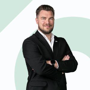 Aleksander Liberka Real Estate Sales & Lettings Specialist