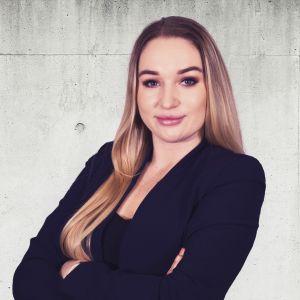 Karolina Chodurska Specjalista ds. Sprzedaży i Wynajmu Nieruchomości