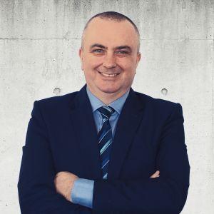 Tomasz Bartoszewski Specjalista ds. Sprzedaży i Wynajmu Nieruchomości