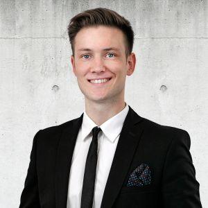 Aleksander Pożyczka Specjalista ds. Sprzedaży i Wynajmu Nieruchomości