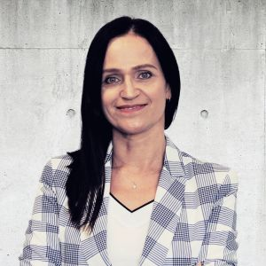 Ewa Sinitchine Real Estate Sales & Lettings Specialist